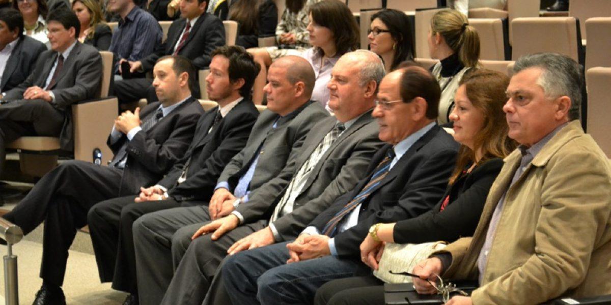 AMATRA IV saúda nova administração do TRT para o biênio 2014/2015