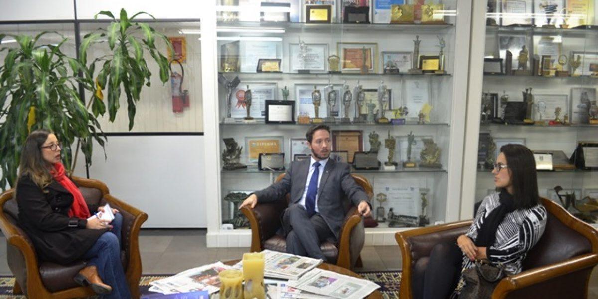 AMATRA faz visita ao Jornal do Comércio