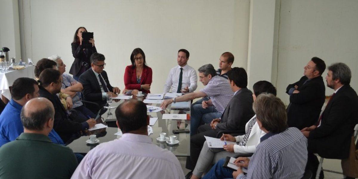 Fórum em defesa do Direito e da Justiça do Trabalho é criado na sede da AMATRA IV