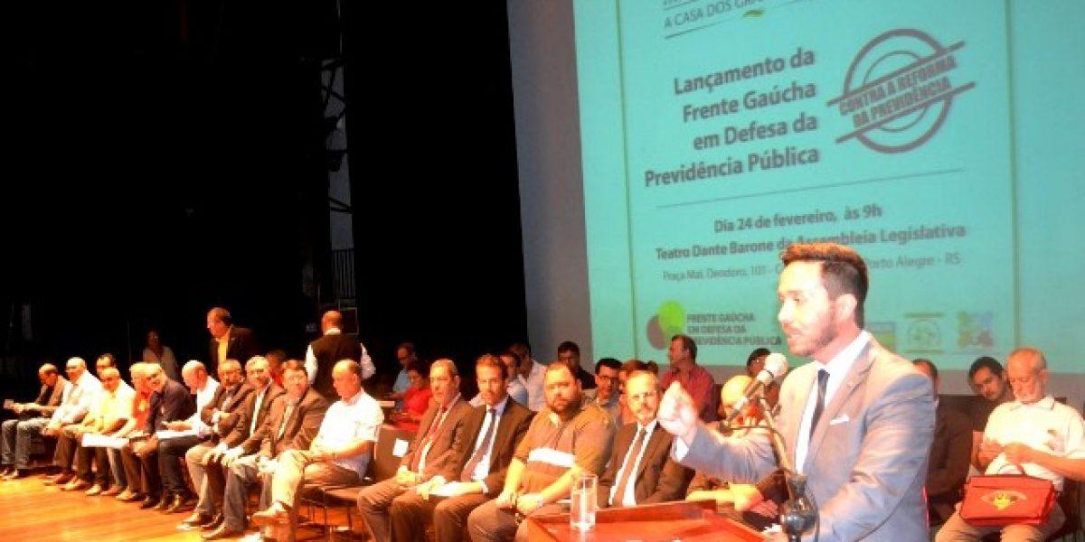 AMATRA presente no lançamento da Frente Gaúcha contra a Reforma da Previdência