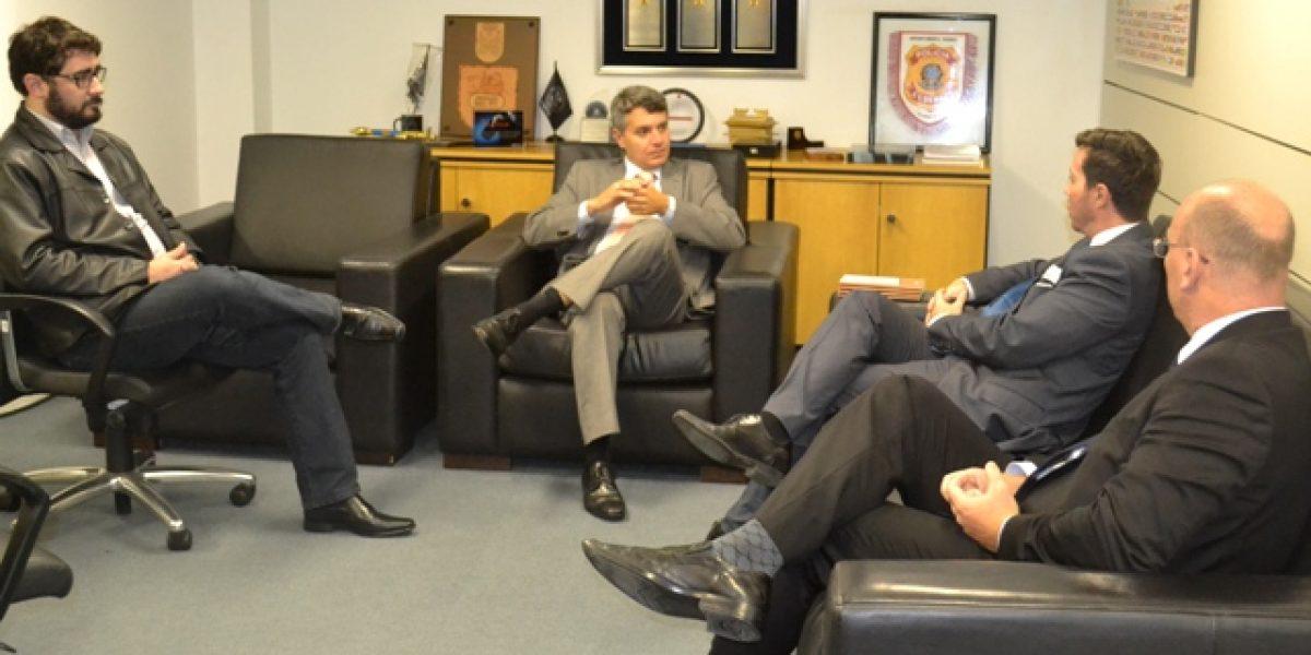 AMATRA IV e Polícia Federal firmam parceria para combate aos crimes de falsidade documental e testemunhal