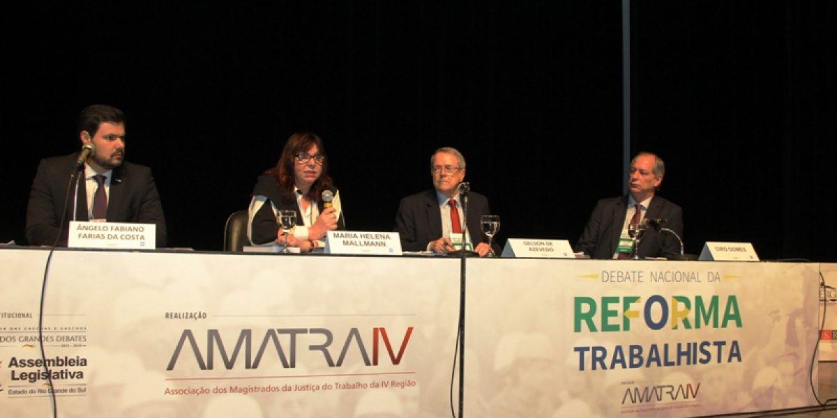 Evento da AMATRA IV sobre a reforma trabalhista trouxe análise aprofundada da nova lei