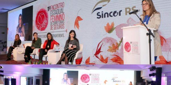 """""""Força e Superação da Mulher no Mercado de Trabalho"""": presidente da AMATRA fala em evento do Sincor/RS"""