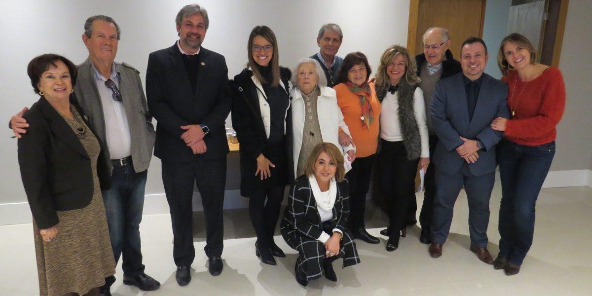 Happy hour dos aposentados na Associação