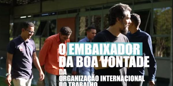 Embaixador da OIT Wagner Moura se encontra com trabalhadores resgatados da escravidão